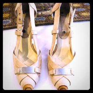 Celine cream-colored closed-toe heels Size 37